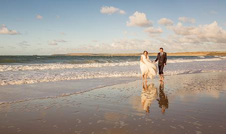 Photographer St Ives Beach Wedding Photo
